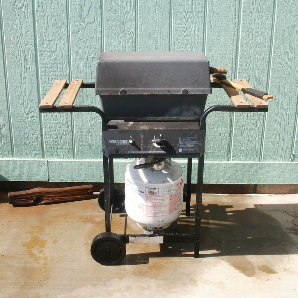 propane barbecue converted to natural gas
